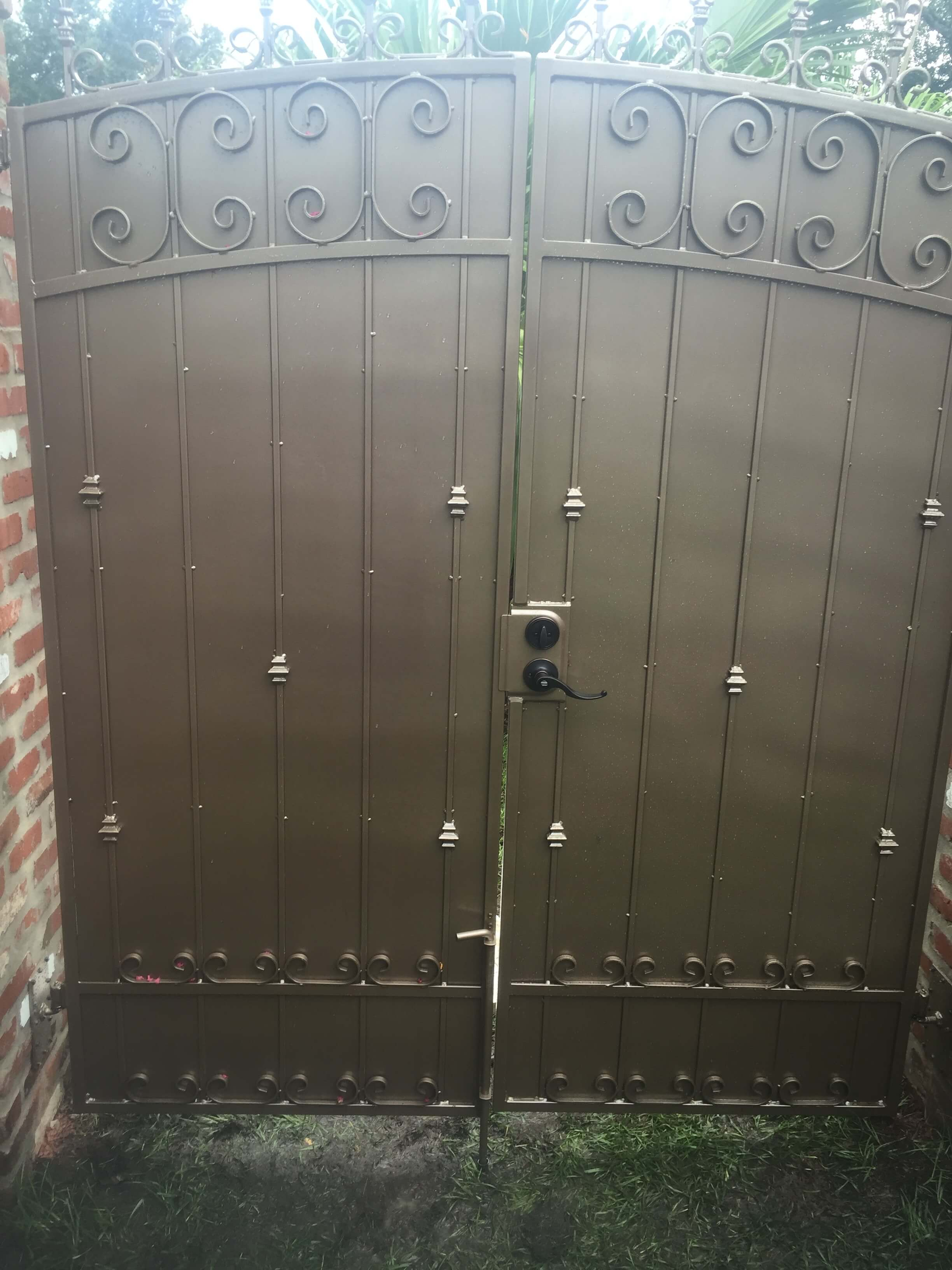 Custom Aluminum Privacy Gate